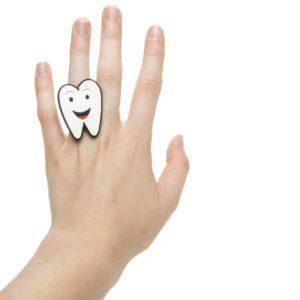 Ring lachend tandje belonen uitdeelspeelgoed tandarts